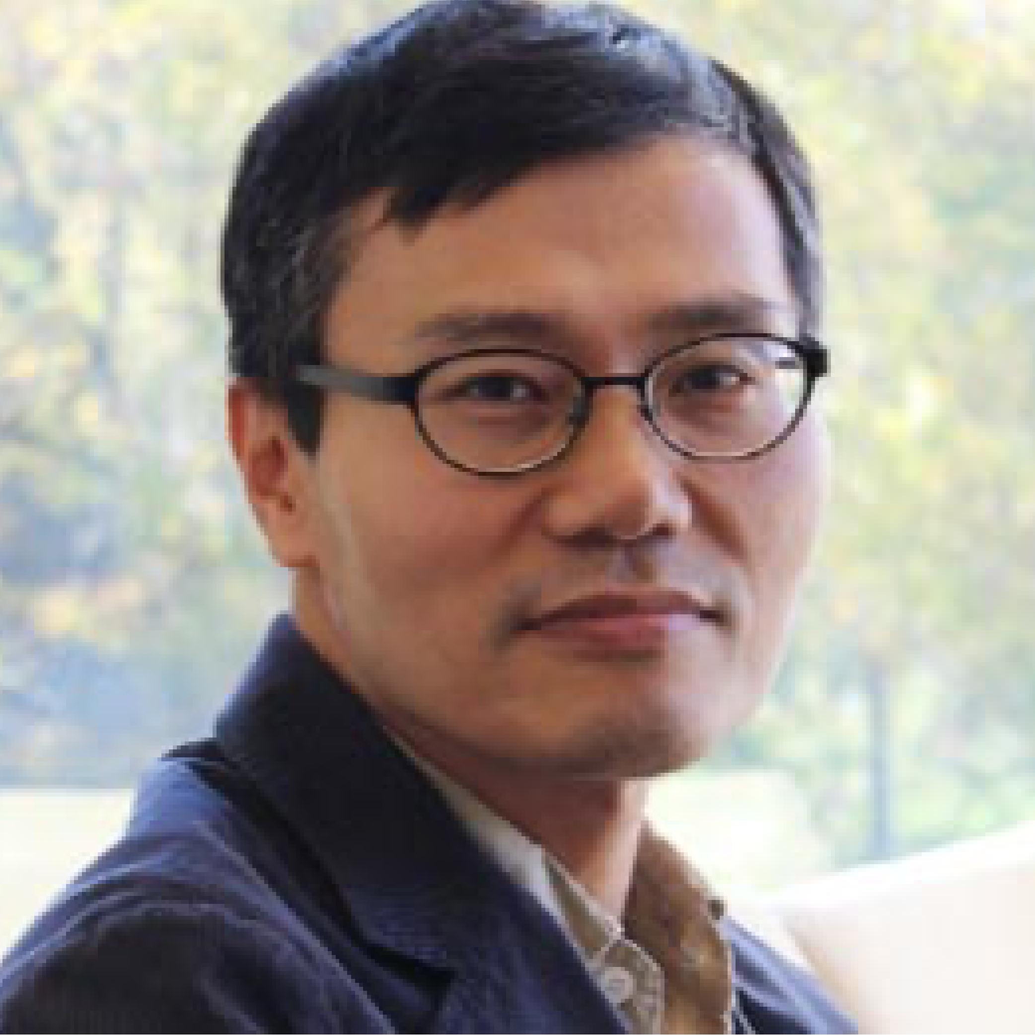 portrait of Bo Myung Seo