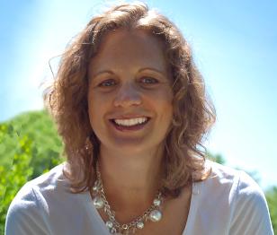 portrait of Jennifer Leigh